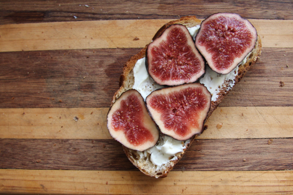 figs on toast